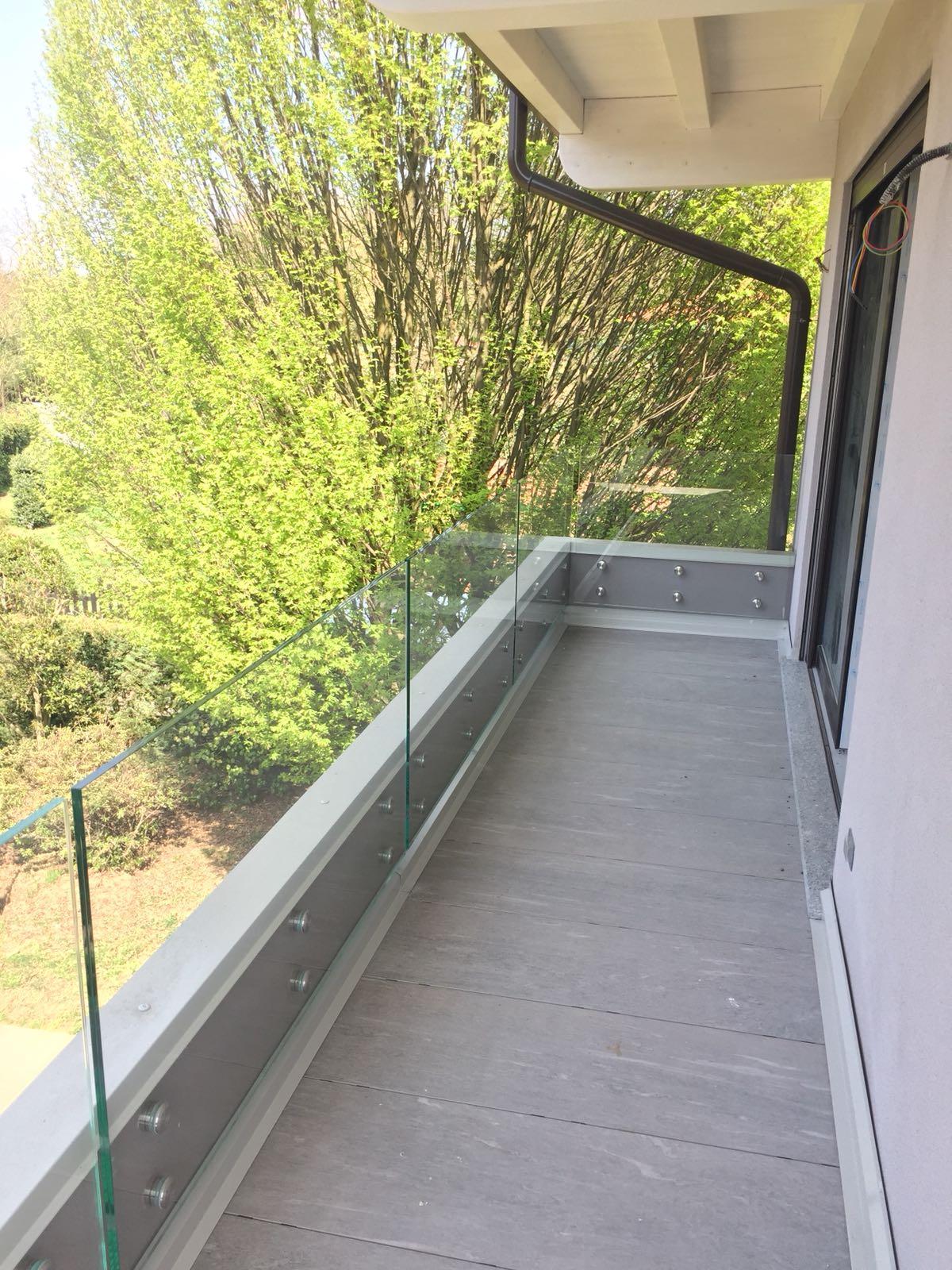 balaustra vetro balcone 2