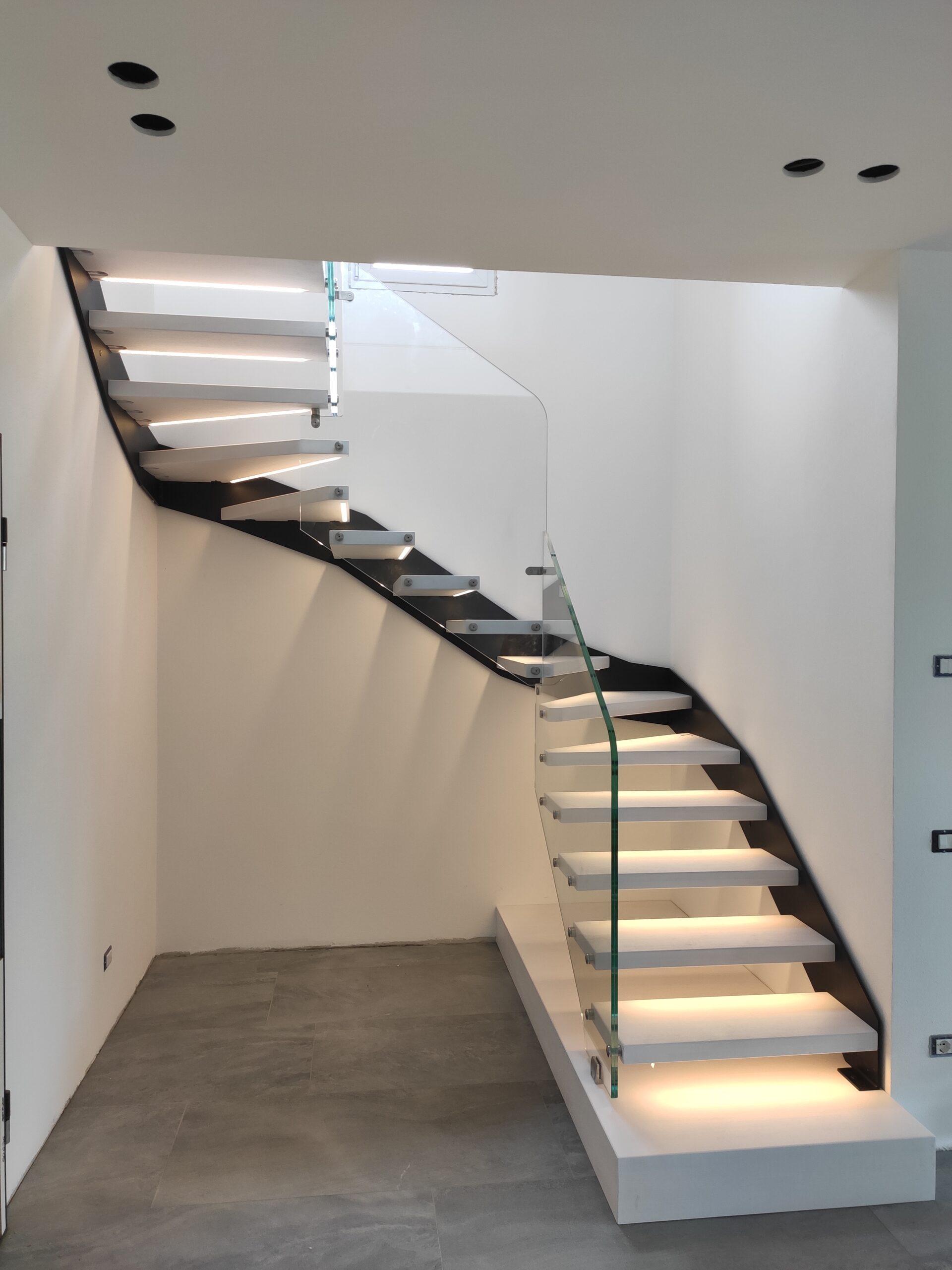 scala a giorno monolama con vetro strutturale